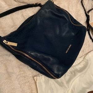 Michael Kors Essex navy shoulder bag